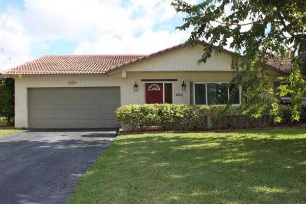 Buy home in Ramblewood of Coral Springs