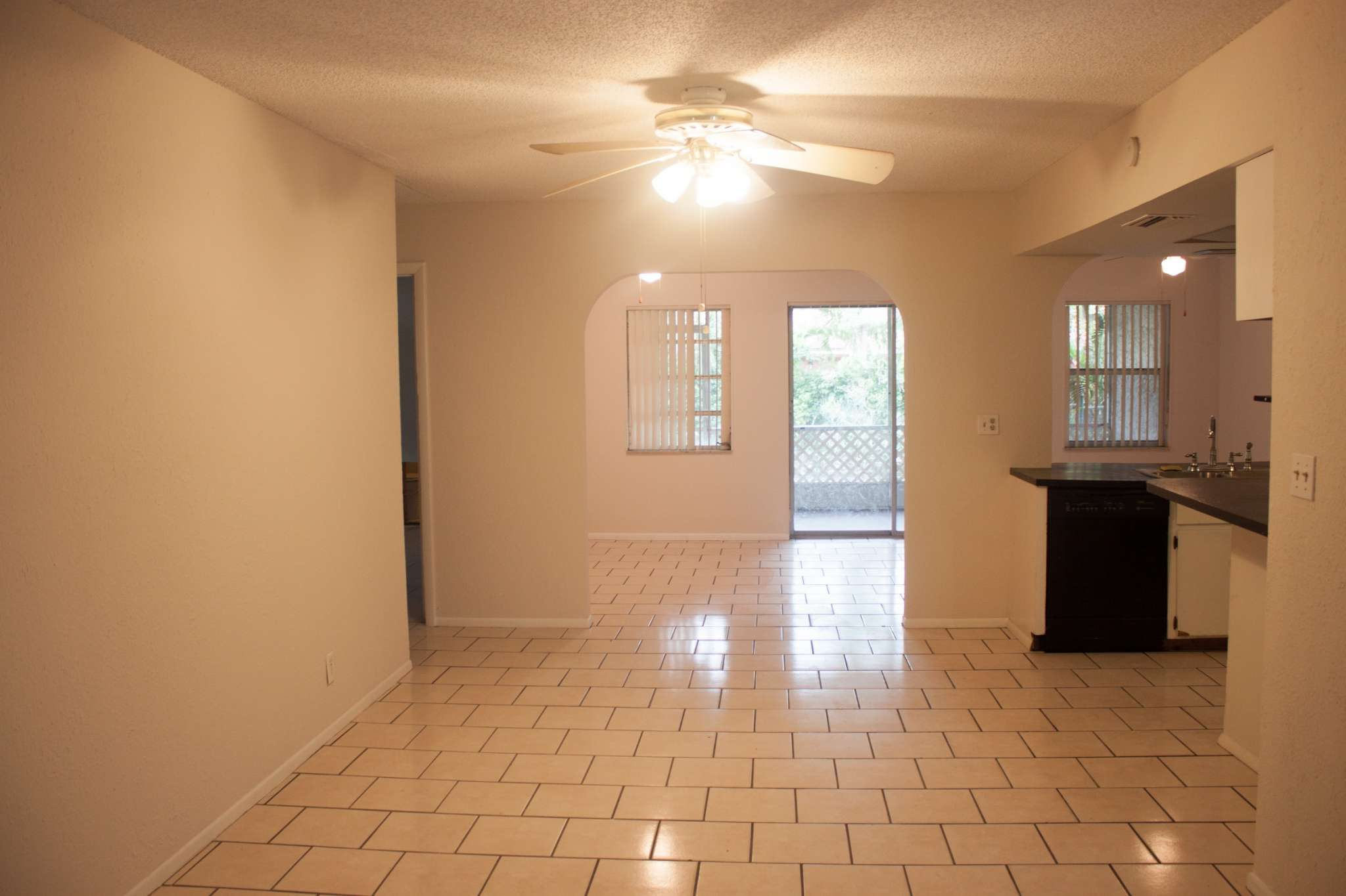 Single Family Attached Home in Coral Springs