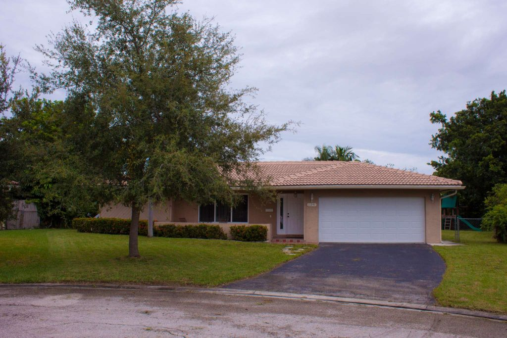 Home for Sale in Coral Springs in The Windings