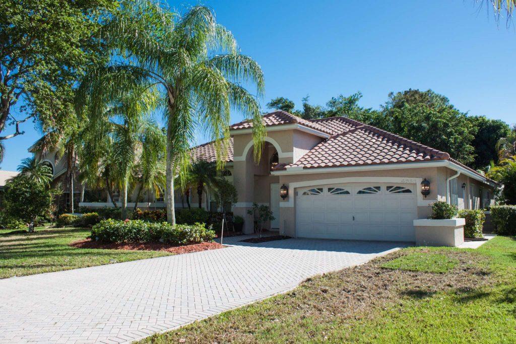 Hidden Hammocks home for sale in Coral Springs FL