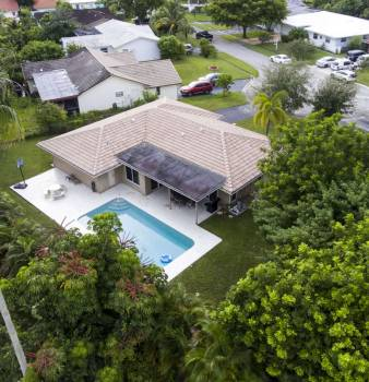 Home for Sale in Coral Springs at 11241 NW 36th Street