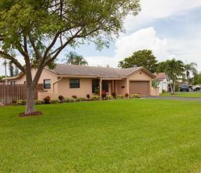 The Windings Home For Sale at 10800 NW 40th St Coral Springs FL